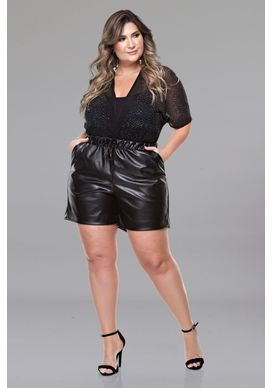 Body-Plus-Size-Anahita