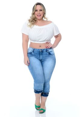 Top-Plus-Size-Karina